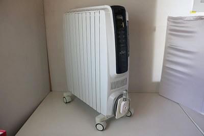【買取実績】DeLonghi デロンギ オイルヒーター QSD0915-BL | 中古買取価格10,000円