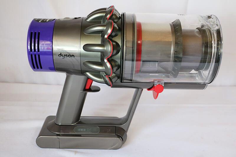 【買取実績】dyson Cyclone V10 fluffy SV12 コードレスクリーナー|中古買取価格14,000円