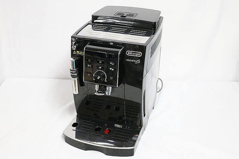 【買取実績】DeLonghi デロンギ マグニフィカS 全自動コーヒーマシン MAGNIFICA S ECAM23120BN|中古買取価格21,000円
